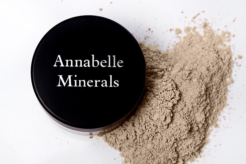 annabelle-minerals_primer_baza-pod-podklad-mineralny